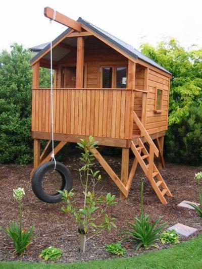 Для детей из дерева на даче